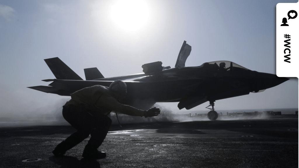 Madeline Swegle ist die erste schwarze Kampfpilotin der US Navy