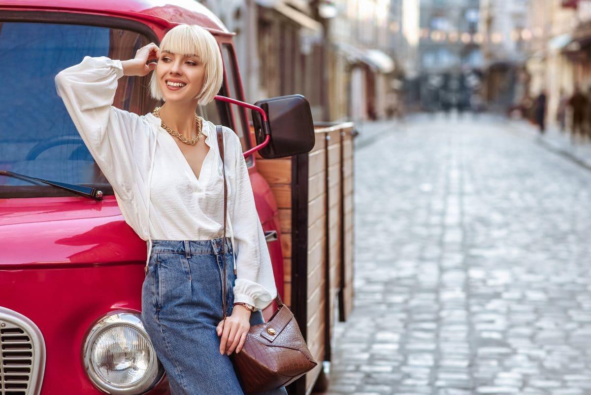 Mode-Trend: Die weiße Bluse feiert im Sommer 2020 ihr Comeback