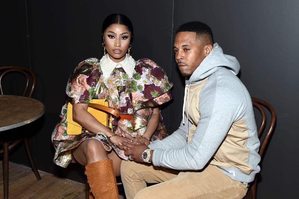 Nicki Minaj ist schwanger und zeigt ihren Babybauch