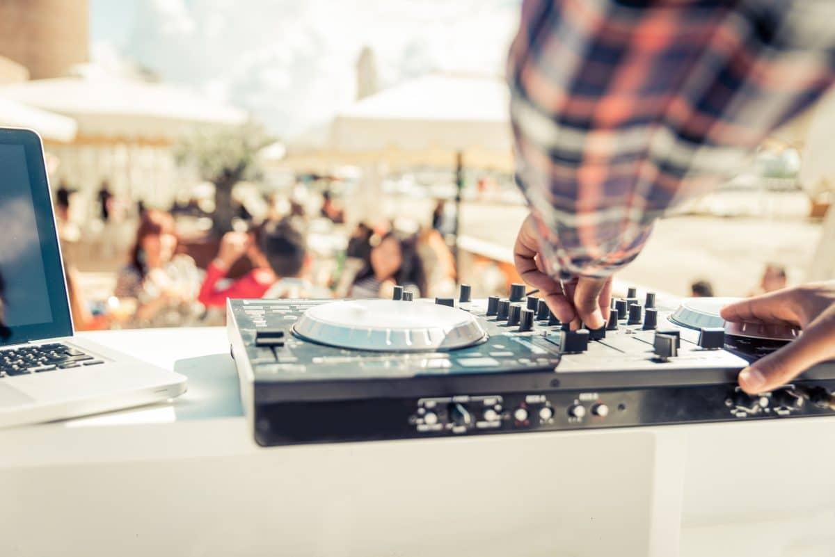 Polizei löst illegale Corona-Partys mit rund 1.000 Gästen  in Tirol auf