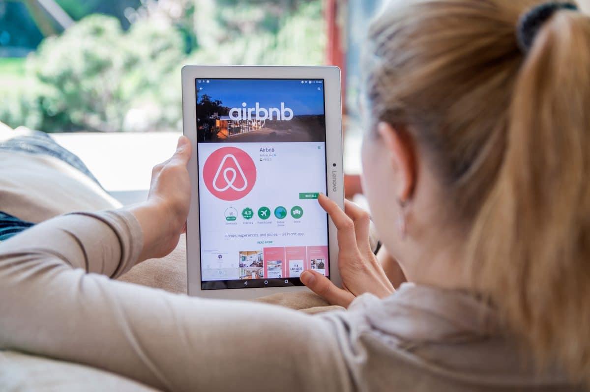 Airbnb verbietet im Kampf gegen Corona weltweit Partys in Unterkünften