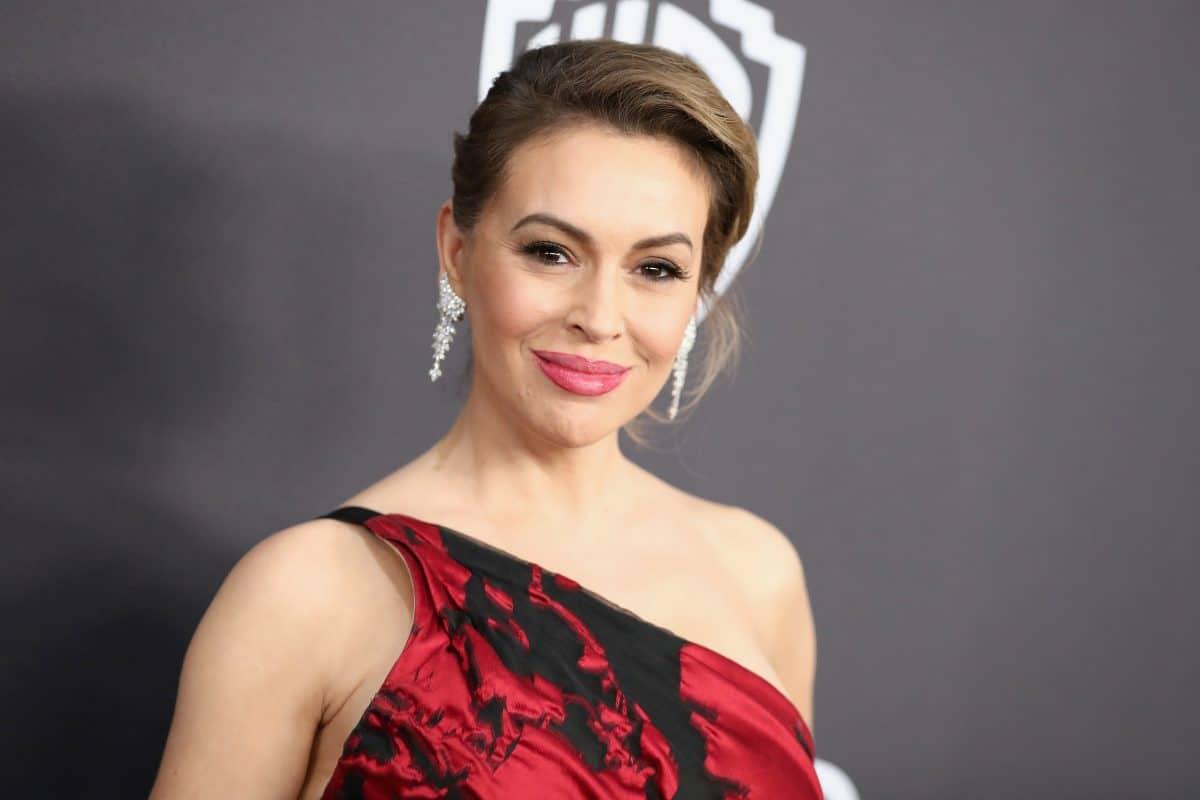 Alyssa Milano leidet nach Covid-19-Erkrankung unter Haarausfall