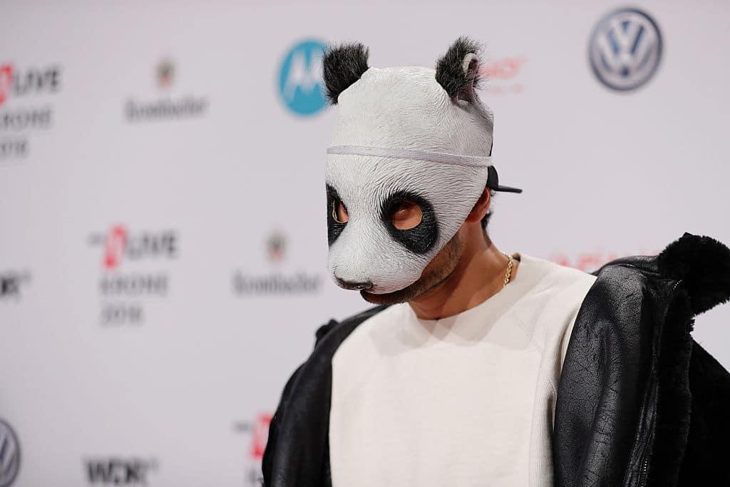 Cro veröffentlicht neues Lied ohne Pandamaske