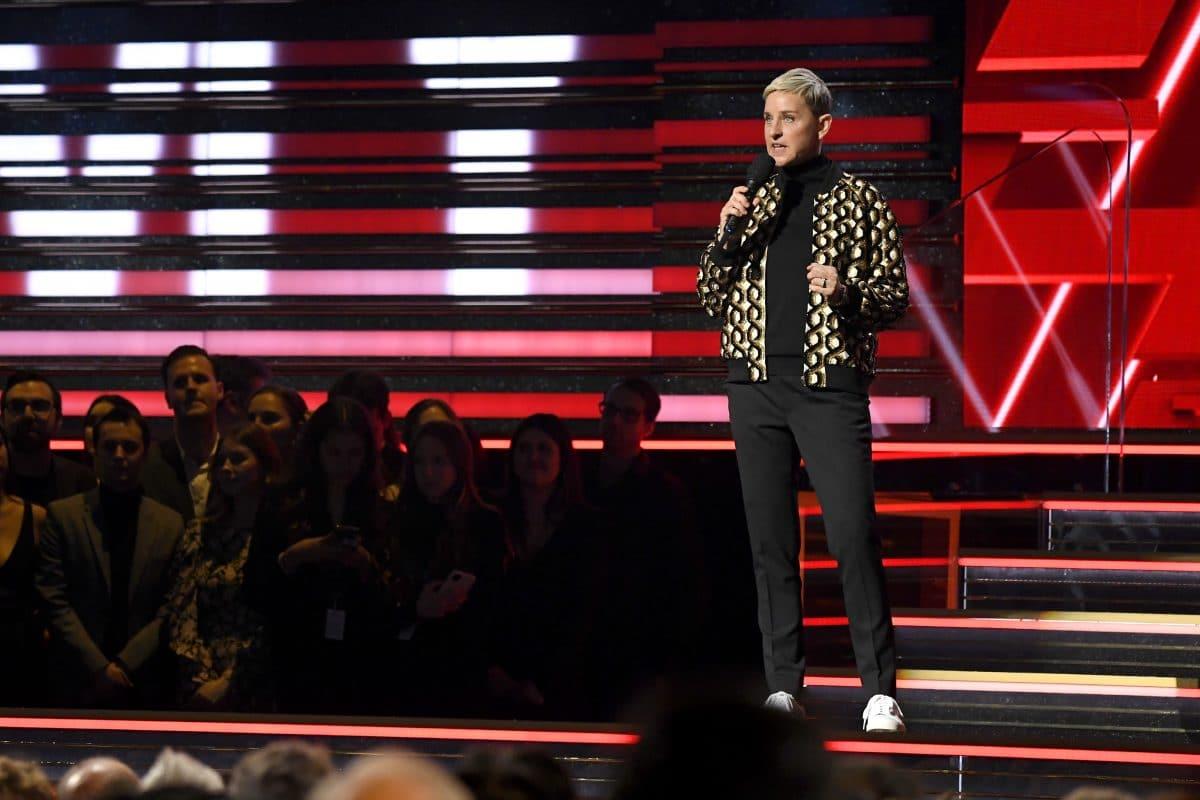 Ellen Degeneres entschuldigt sich nach Vorwürfen für  raues Arbeitsklima