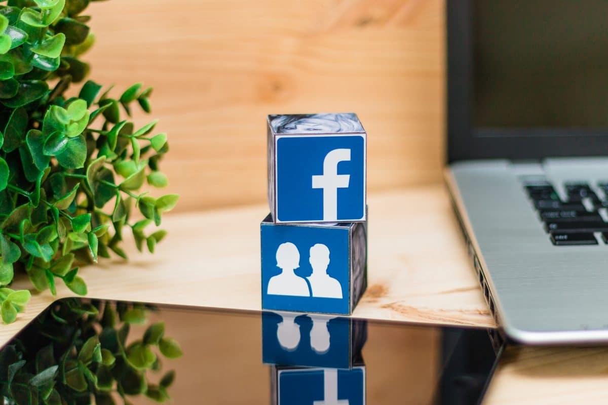 Facebook blockiert monarchie-kritische Gruppe in Thailand