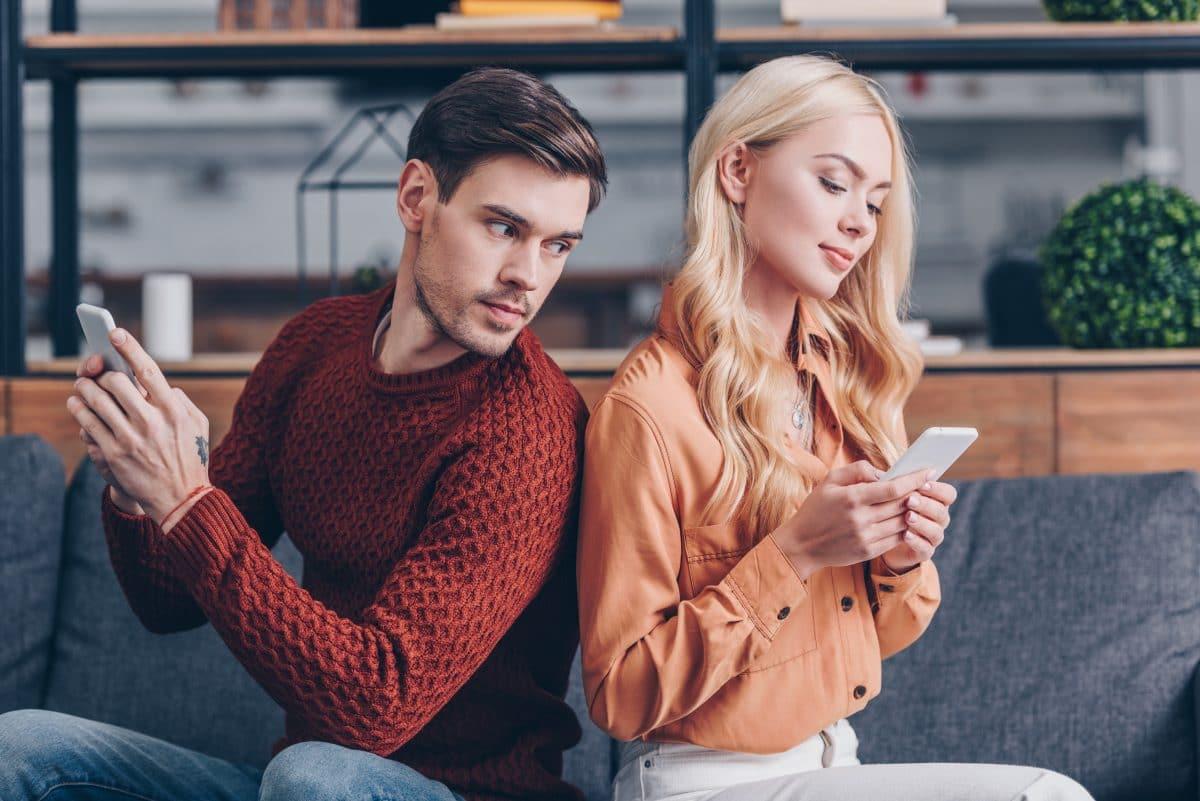 4 Tipps gegen Eifersucht in einer Beziehung