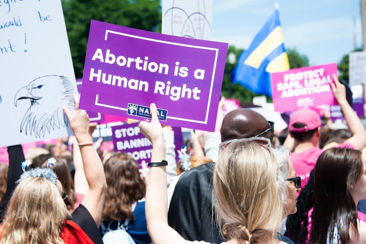 Abtreibung: Wieso bestimmen Männer über Frauenkörper?