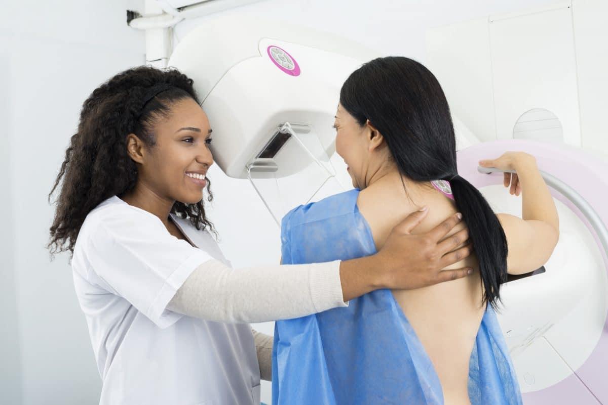 Brustkrebs-Monat: Das solltest du über die Mammographie wissen