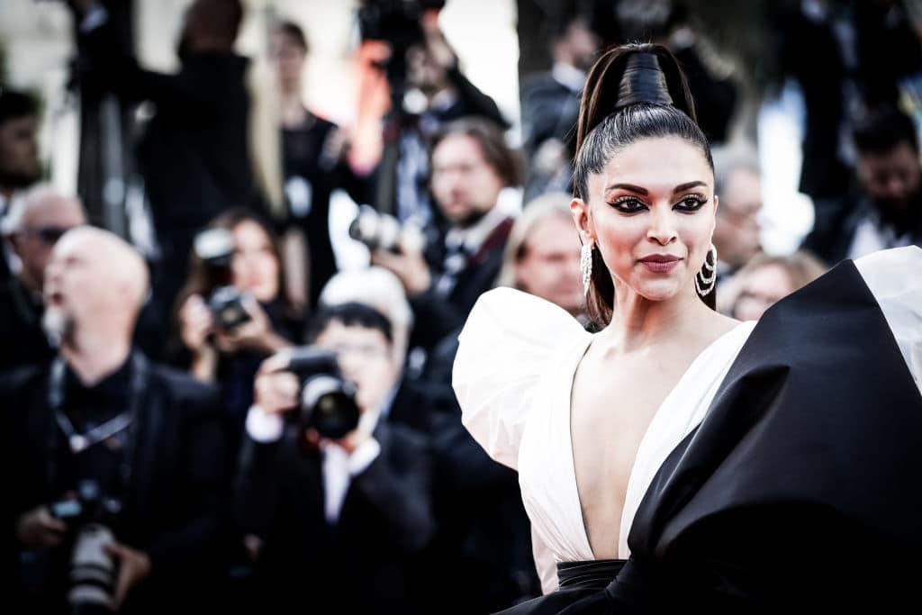 Ein Drogenskandal sorgt in Bollywood für Aufregung