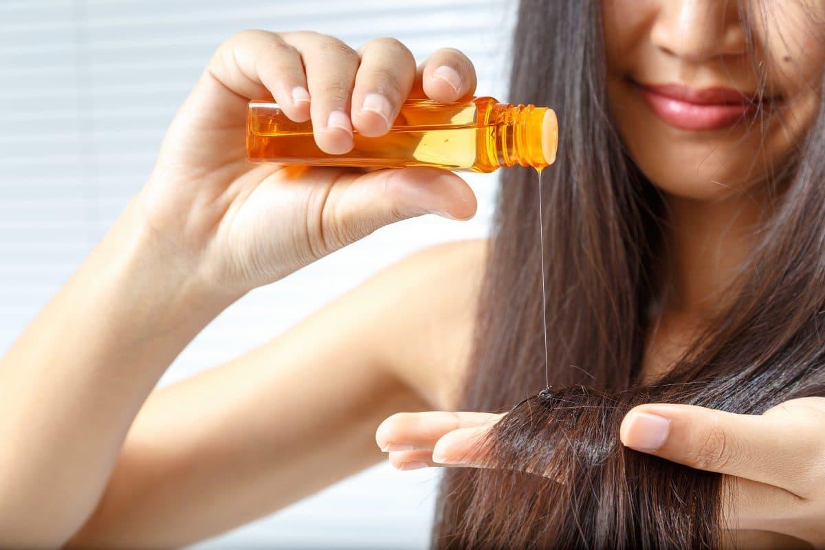 Mit diesen 5 Tricks wirken deine Haare jünger und gesünder