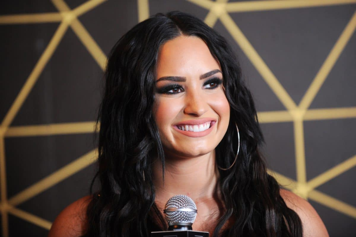 "Demi Lovato kritisiert in neuem Song ""Commander In Chief"" Donald Trump"