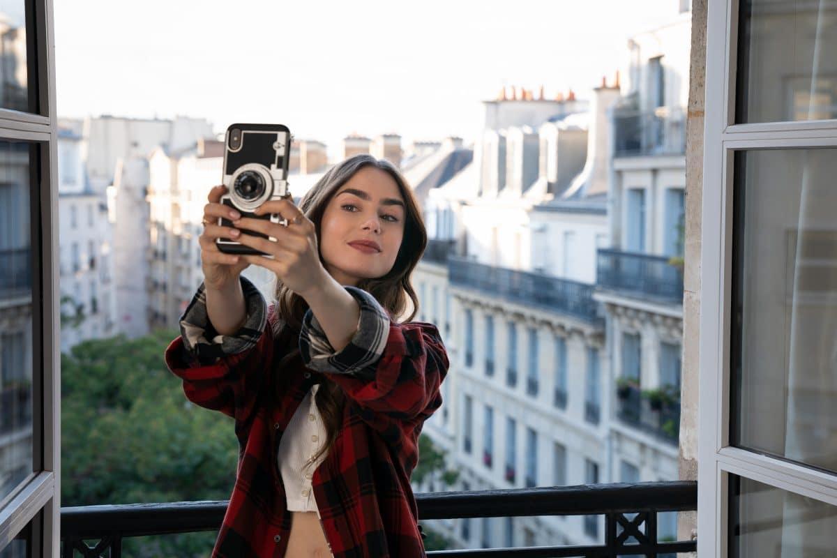 """Warum """"Emily in Paris"""" nicht """"Sex and the City"""" ist"""