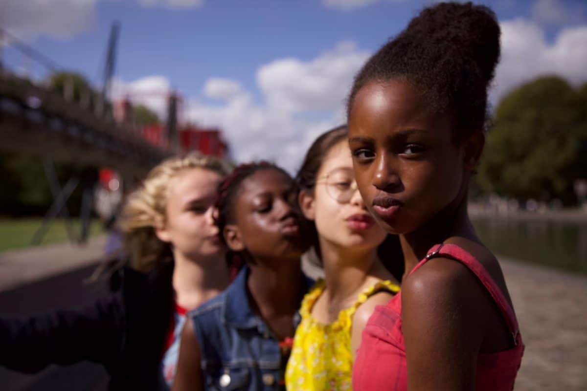 """""""Cuties"""": Netflix wird wegen freizügiger Darstellung von Kindern verklagt"""
