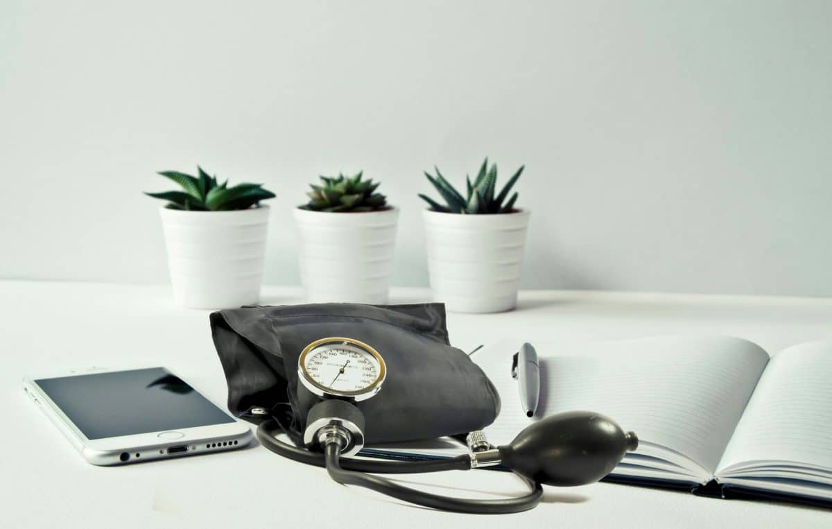 Was du bei einem zu hohen oder niedrigen Blutdruck tun kannst