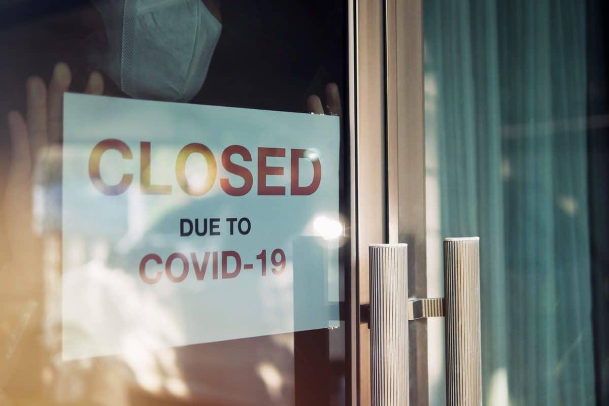 Ausgangsbeschränkungen um 10 Tage verlängert, Geschäfte schließen um 19 Uhr