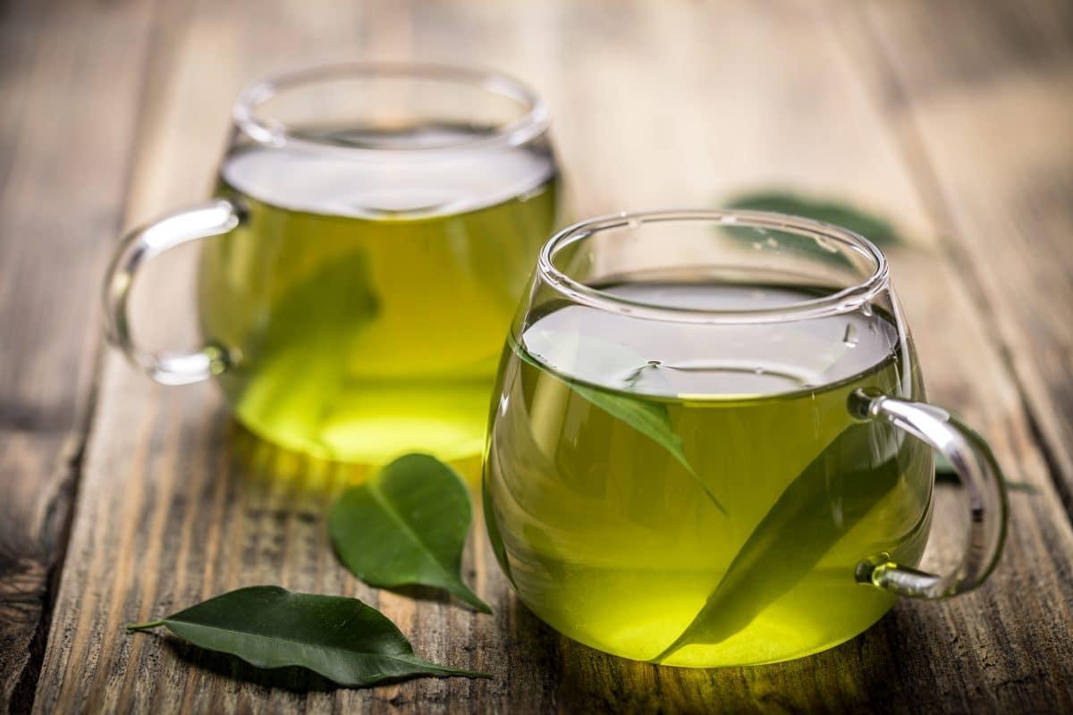 Deswegen sollten wir mehr grünen Tee trinken