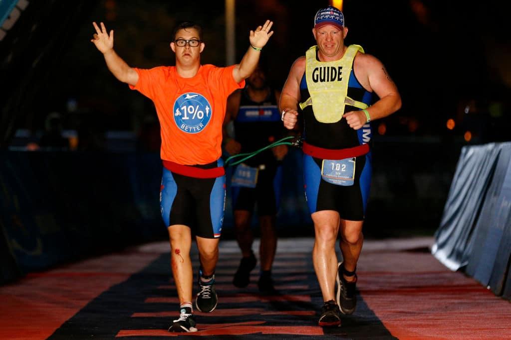 Erster Sportler mit Down-Syndrom schafft Ironman