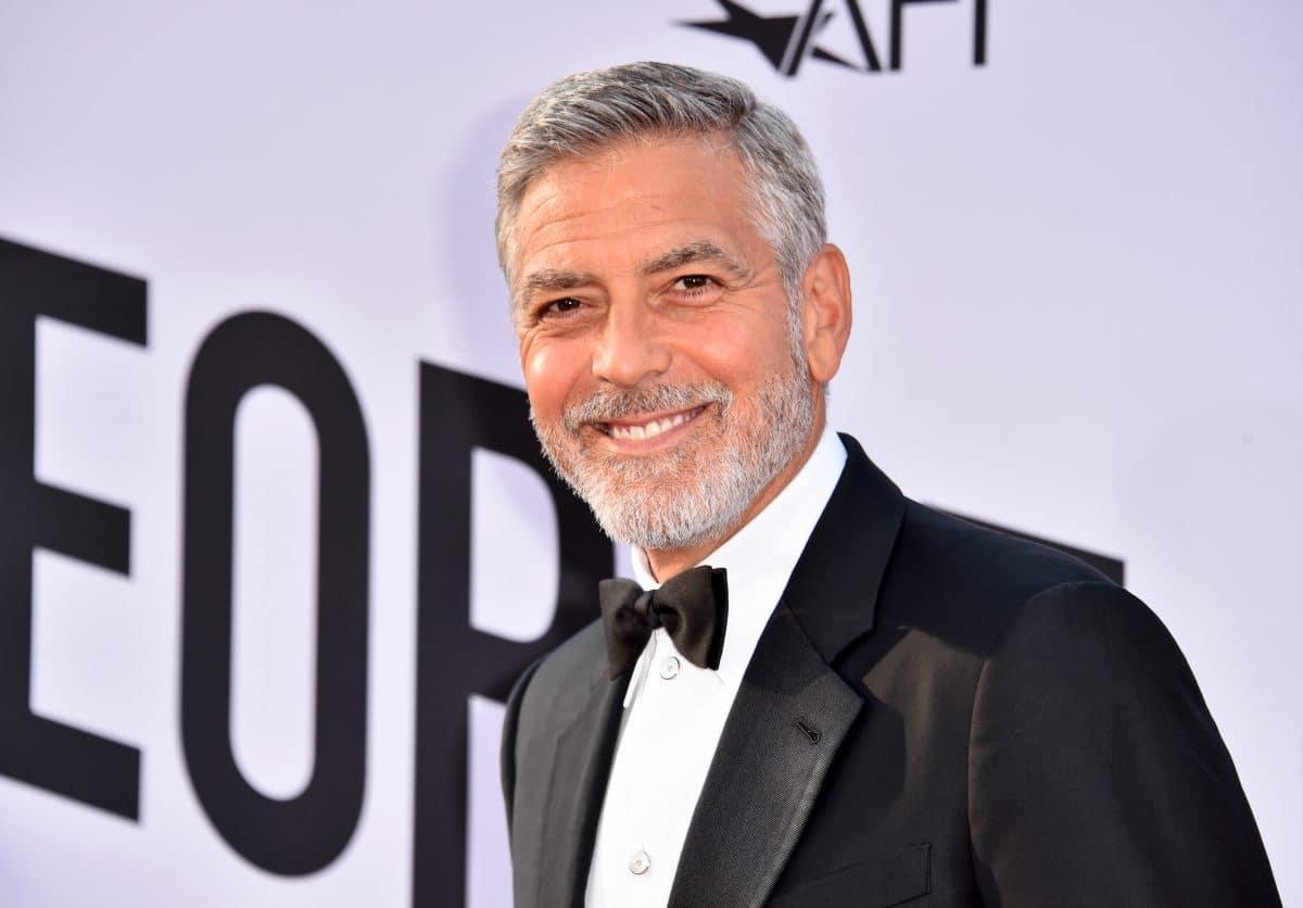 Warum George Clooney 14 seiner besten Freunde 1 Million Dollar schenkte