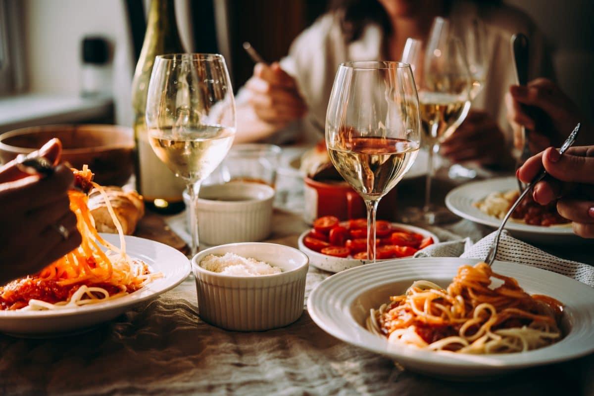 Laut Forschern: Restaurants und Fitnessstudios große Corona-Hotspots