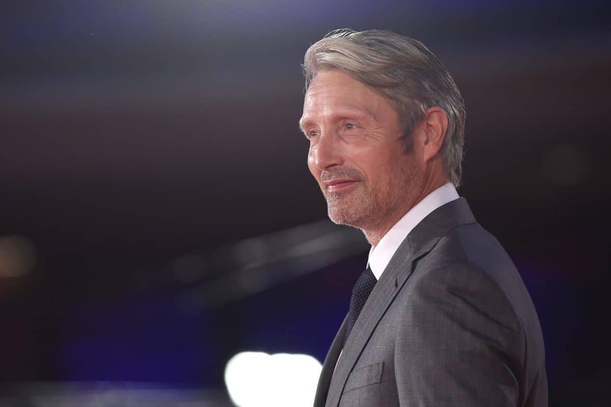 """Mads Mikkelsen ersetzt Johnny Depp in """"Phantastische Tierwesen 3"""""""