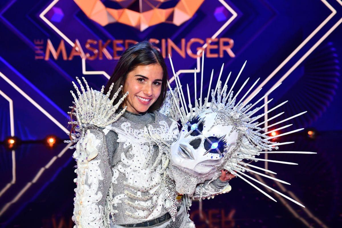 """Sarah Lombardi gewinnt """"The Masked Singer"""": Sie war das Skelett"""