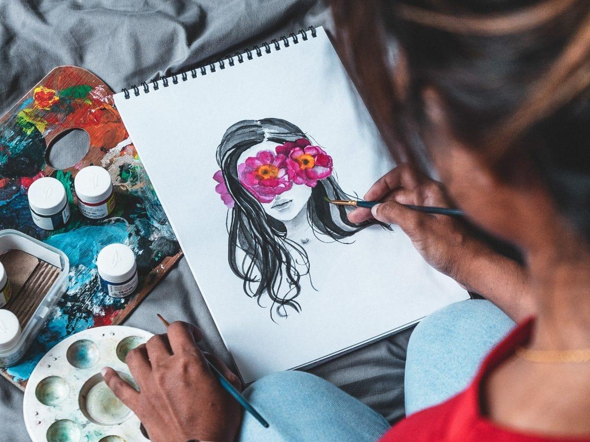 Von wegen 0815: Mit diesen Hobbys bringst du Farbe in deinen Winter