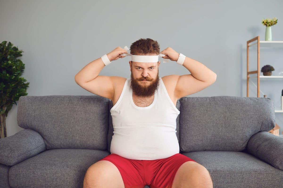 Fitness-Übungen, die wir ganz einfach auf der Couch machen können