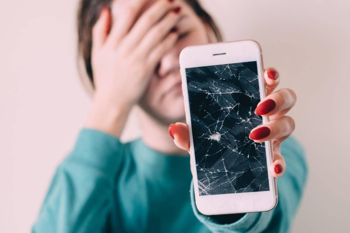 """Forscher erfinden Handy-Displays, die sich selbst """"heilen"""""""