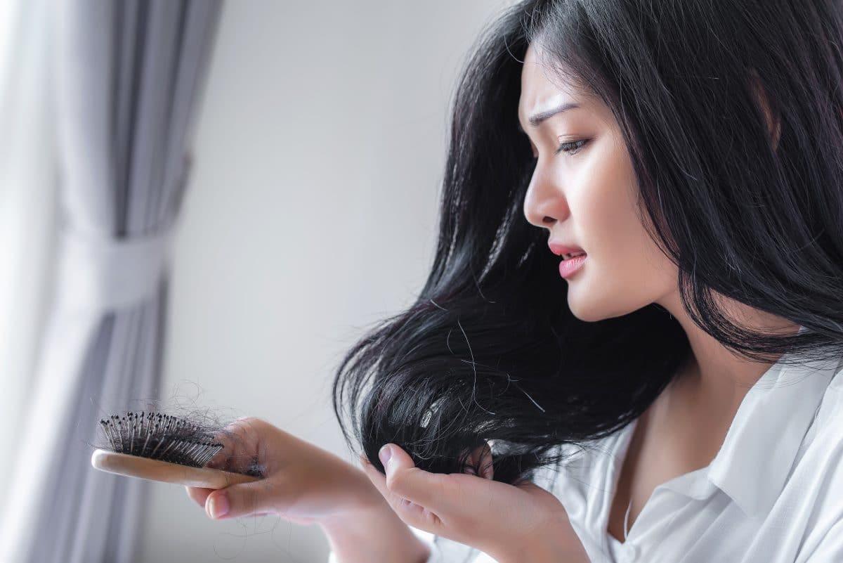 Das sind die häufigsten Gründe für Haarausfall