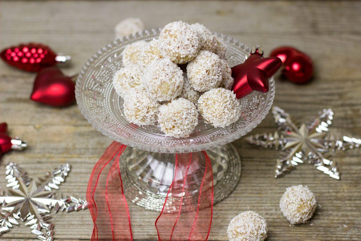 Raffaello-Weihnachtskugeln Rezept