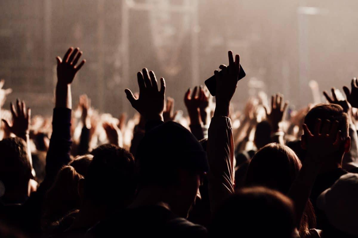 Polizei in Frankreich löst illegale Rave-Party mit 2.500 Gästen auf