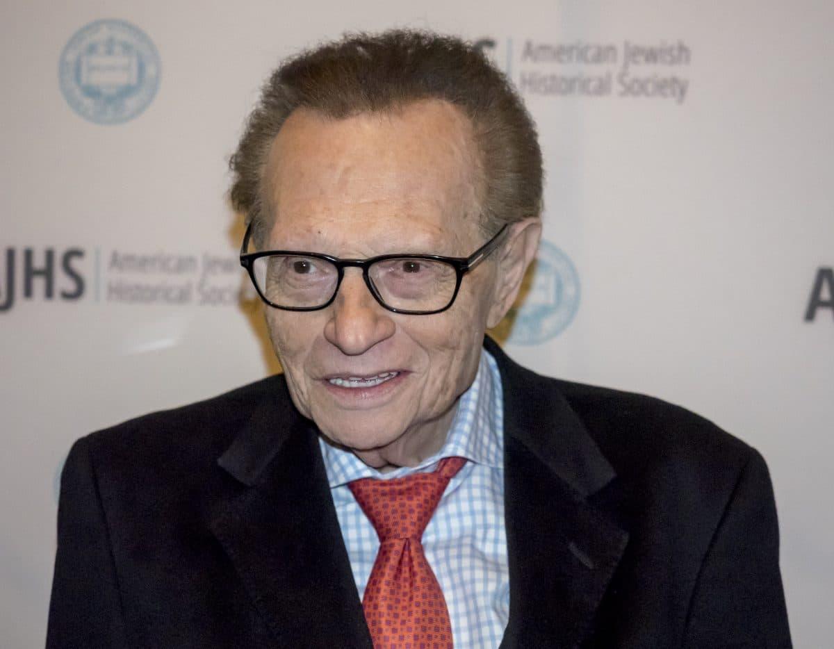Talkshow-Legende Larry King mit Corona ins Krankenhaus eingeliefert