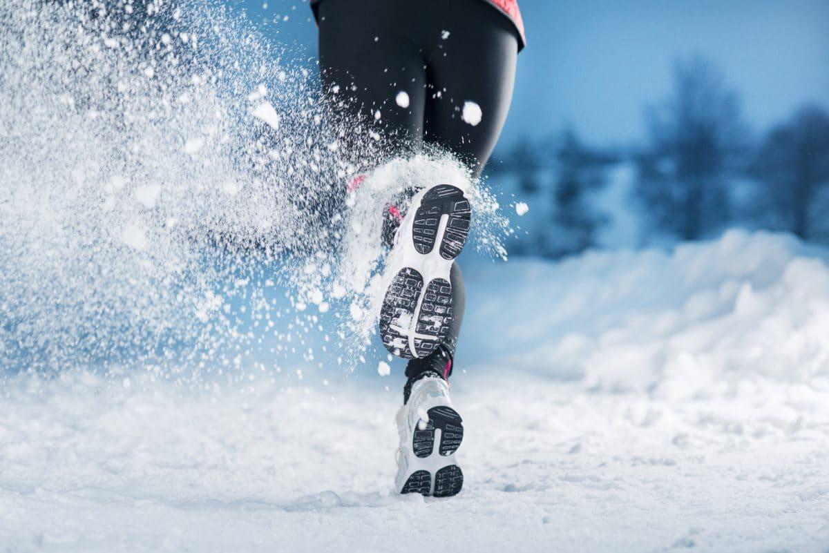 Outdoor-Sport bei eisigen Temperaturen: Darauf solltest du achten