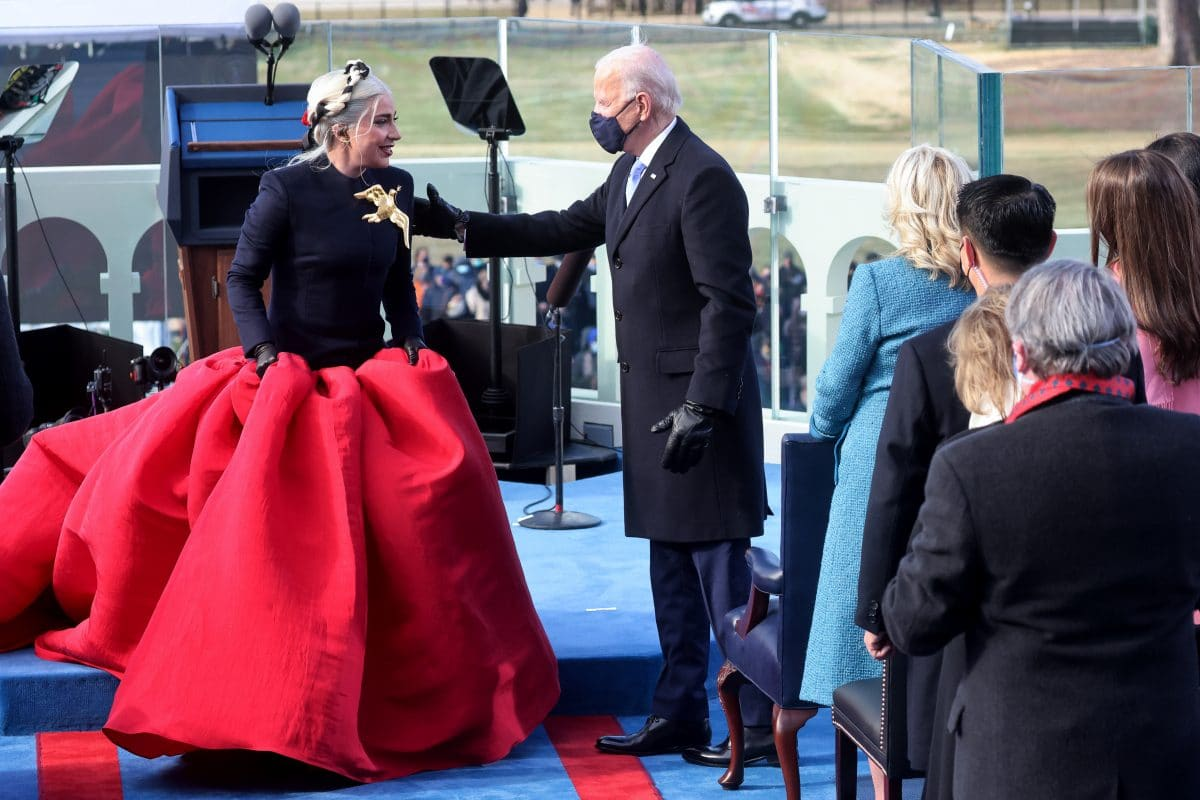 Dieses Foto von Lady Gaga und Joe Biden geht viral
