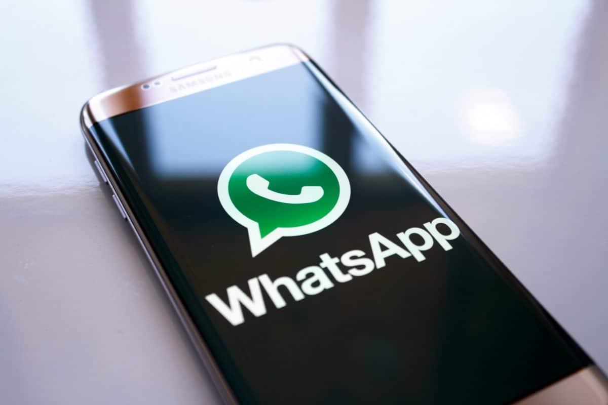 WhatsApp-Trick: Wie man Fotos mit Bildunterschriften weiterleiten kann
