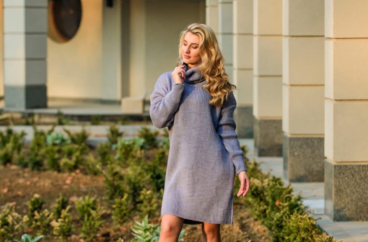 Pulloverkleid: So stylst du den Look richtig