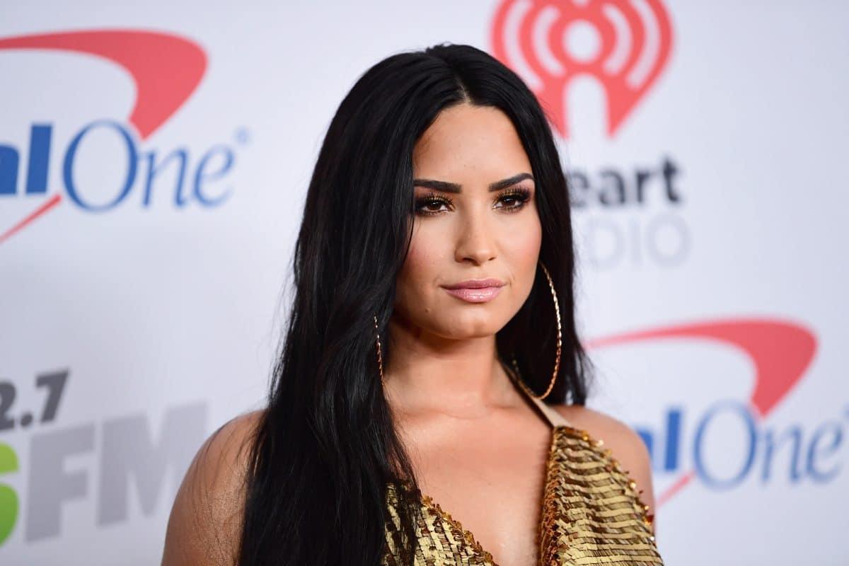 So unterstützen Stars Demi Lovato nach Enthüllung über schwere Folgen von Überdosis