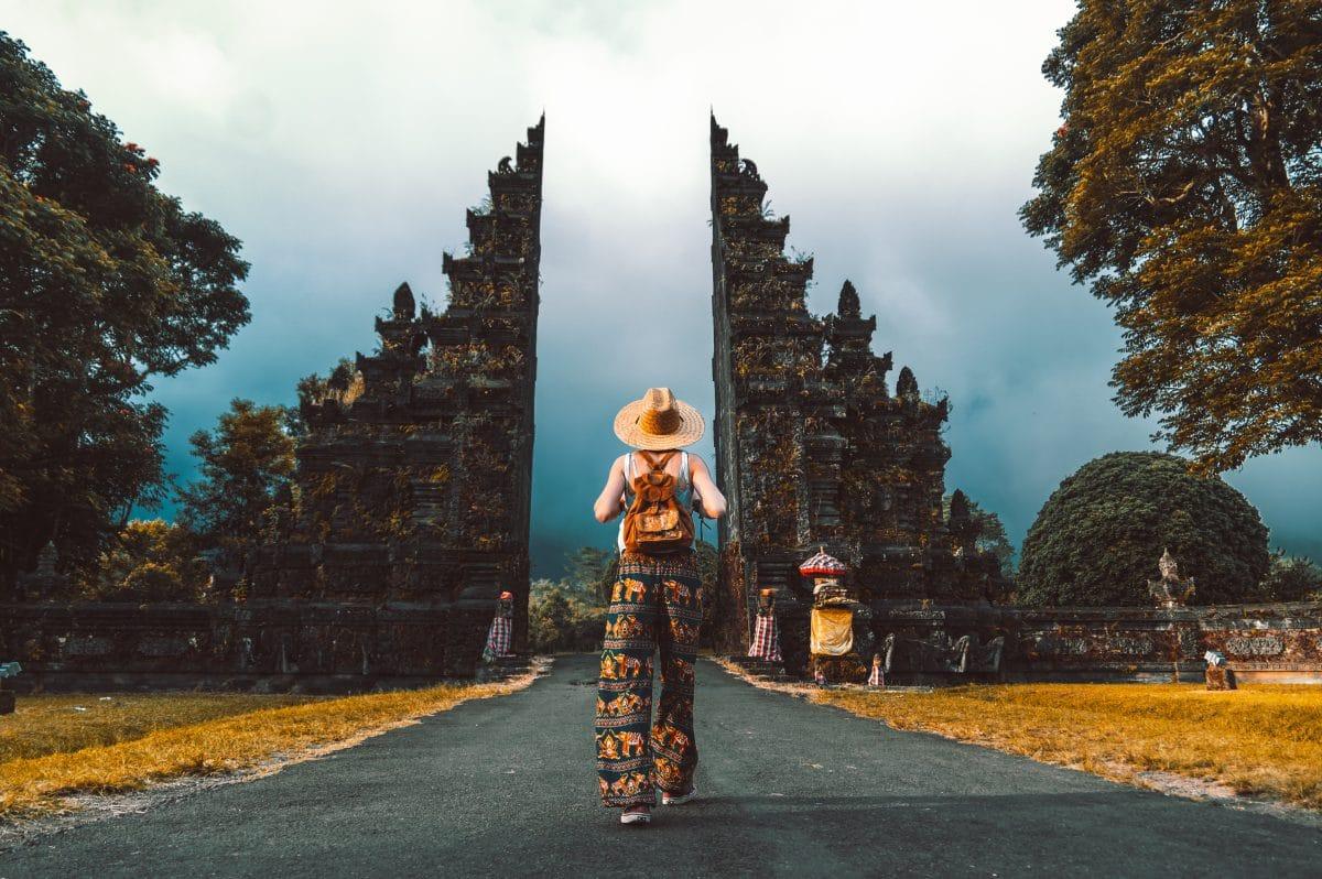 Corona-Regeln verletzt: Bali schmeißt Influencer wieder raus