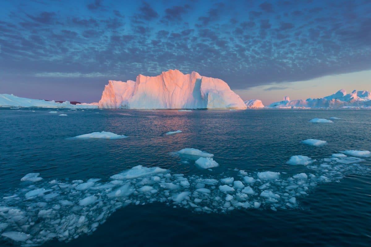 Gigantisch großer Eisberg in der Antarktis abgebrochen