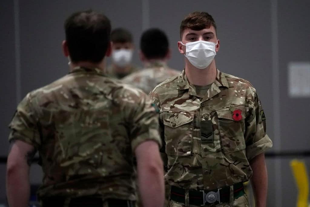 Homosexuelle britische Soldaten bekommen ihre Orden zurück
