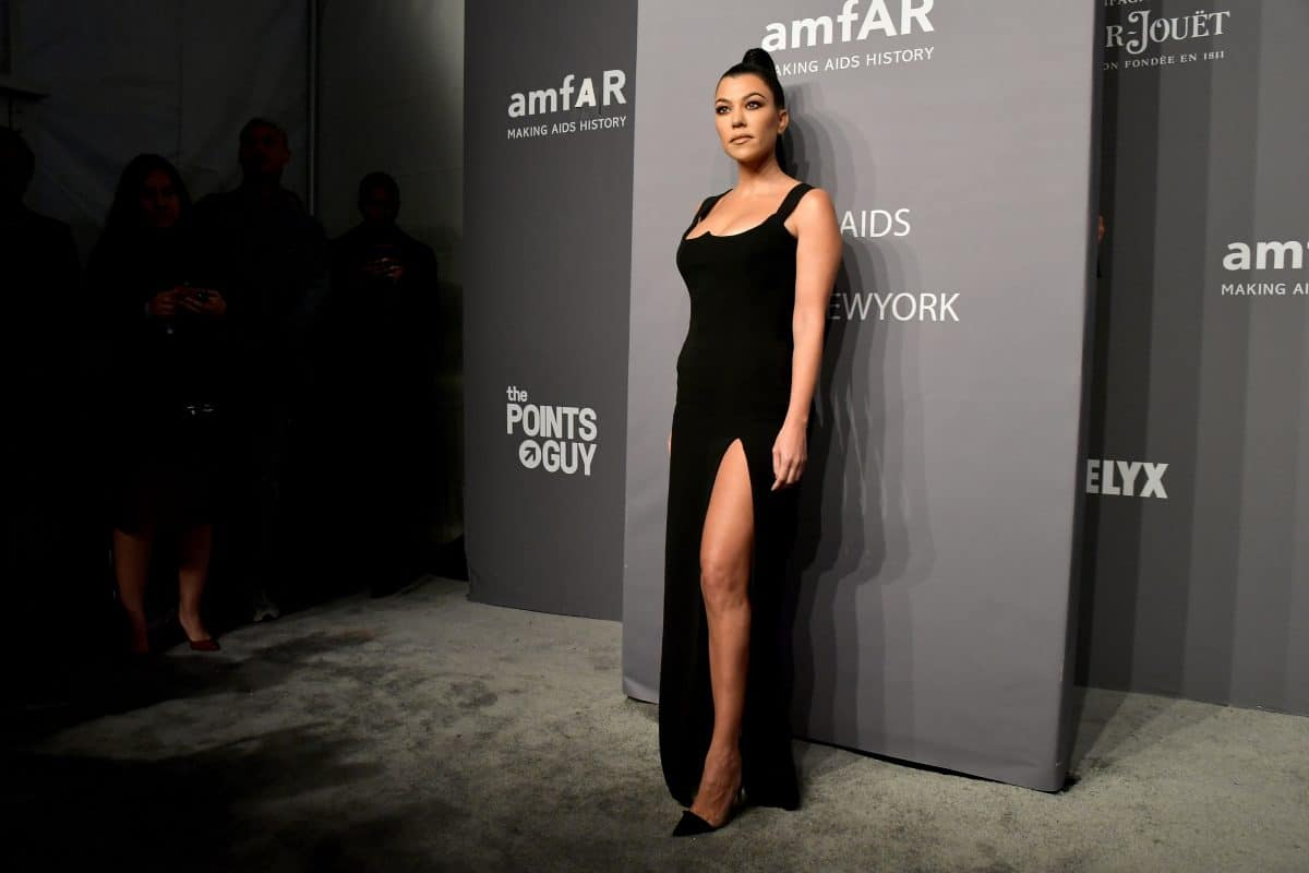 Kourtney Kardashian macht Beziehung zu Travis Barker offiziell