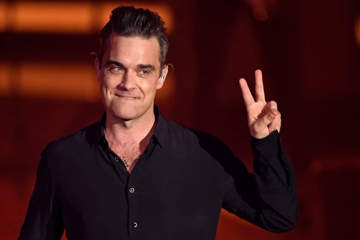 Robbie Williams wanderte wegen Streit mit den Oasis-Brüdern aus