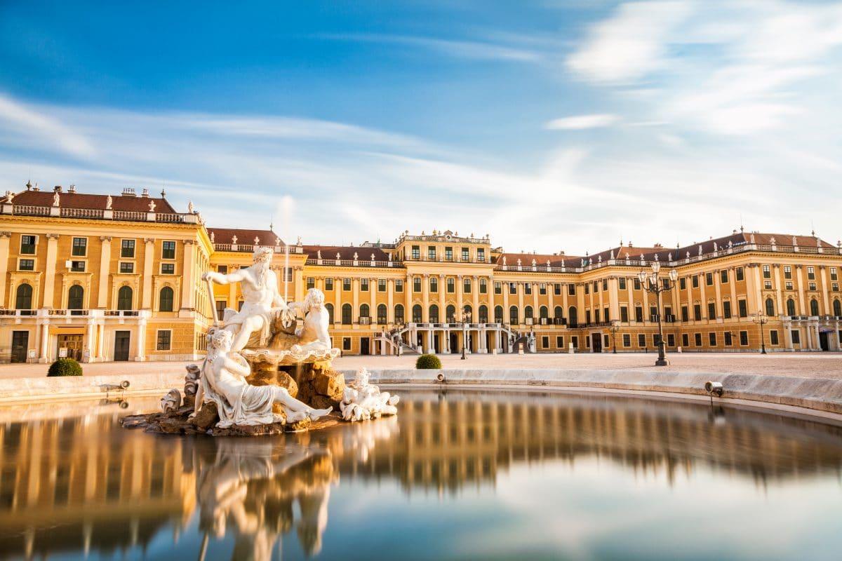Schloss Schönbrunn wird zu Corona-Teststation