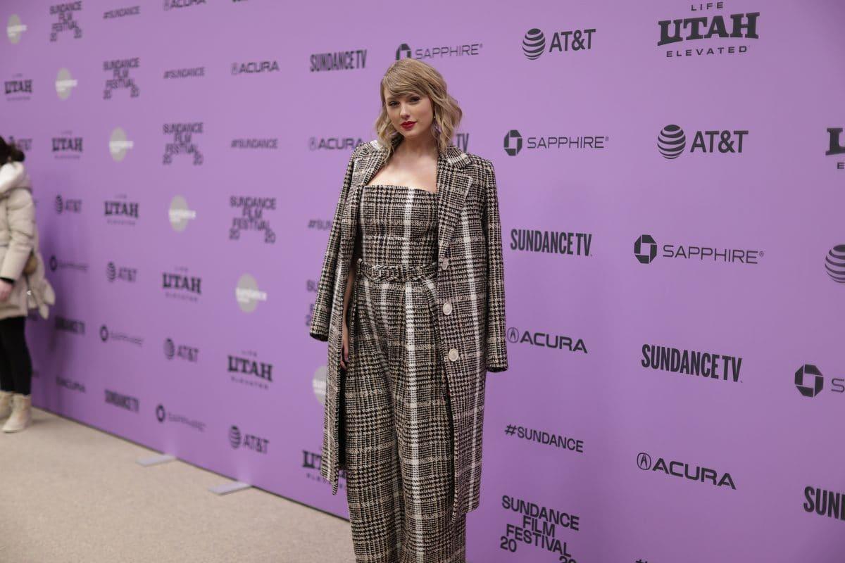 Taylor Swift verklagt Freizeitpark, der ihre Songs spielt