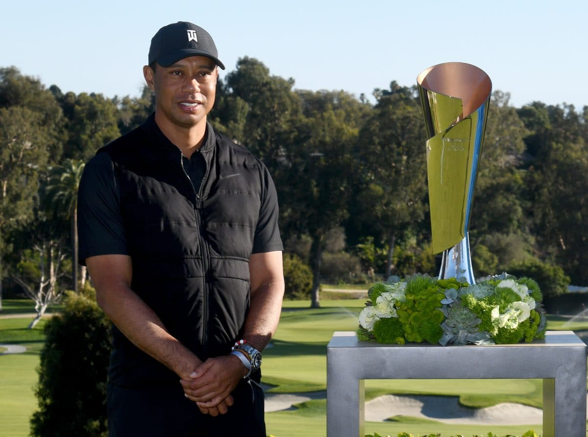 Tiger Woods bei Autounfall schwer verletzt