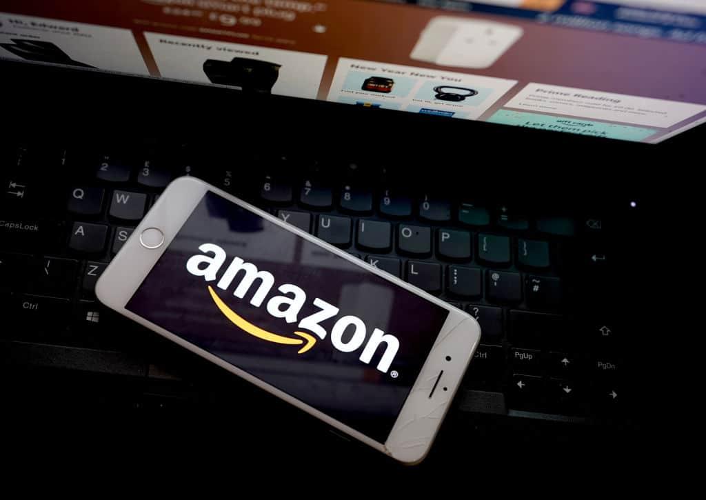 Amazon änderte sein App-Icon, damit es nicht mehr wie Hitler aussieht