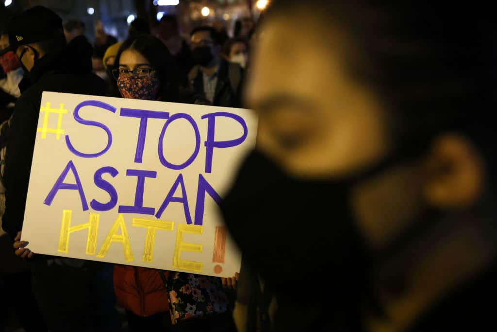 Attentat in Atlanta: Hypersexualisierung von Frauen und anti-asiatischer Rassismus als Hintergrund?