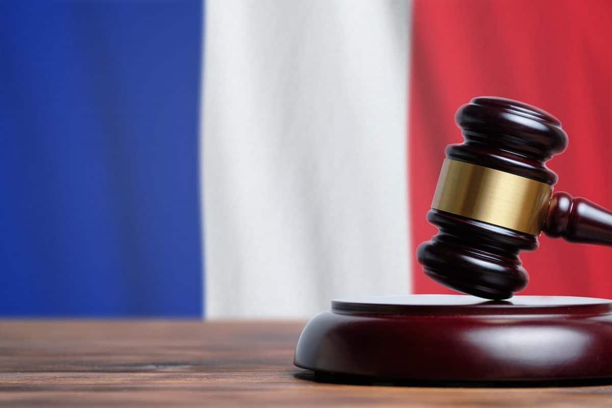 Französisches Gericht gibt Frau Schuld an Scheidung, weil sie keinen Sex wollte