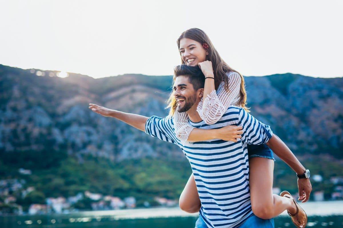 Frühjahrsputz für deine Beziehung: So räumst du in der Liebe auf