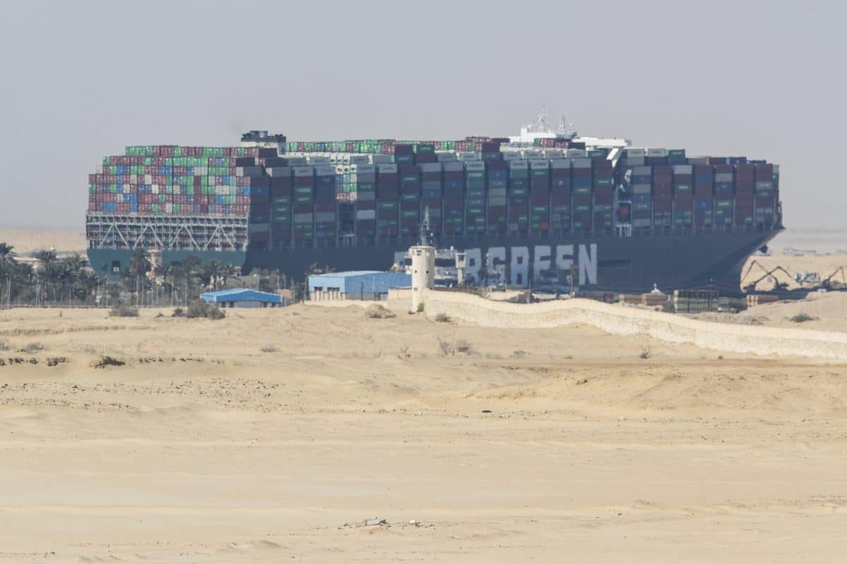 "Suezkanal: Containerschiff ""Ever Given"" freigelegt"